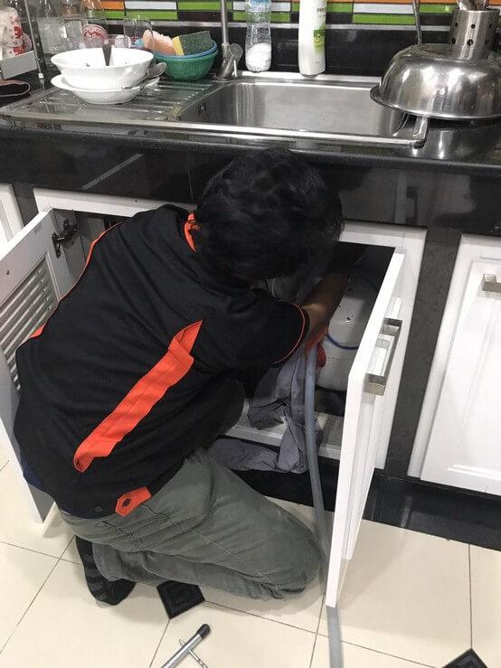 งานซ่อมอ่างล้างจาน